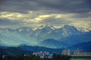 Early morning in Almaty by Irene2005 / CC BY (resized)